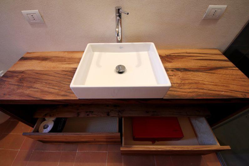 Mobili bagno in rovere antico - Arredo Bagno ...