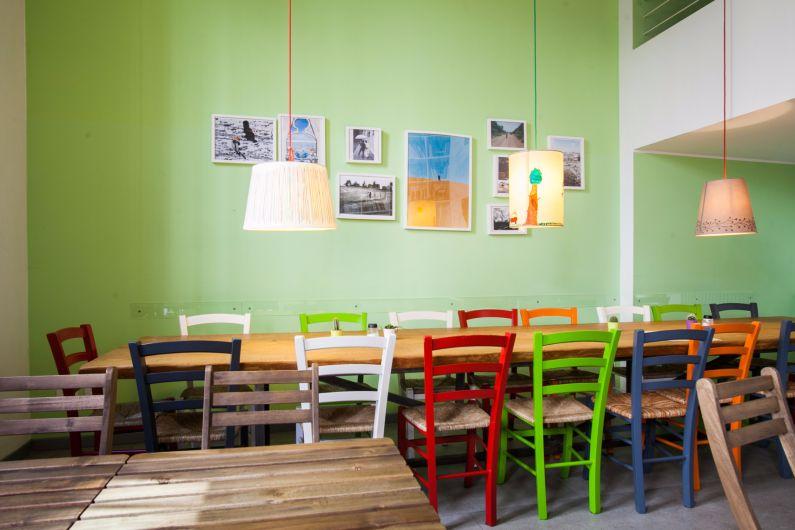 Tavolo in cedro 5 metri per zupperia a milano tavoli for Negozi tavoli milano